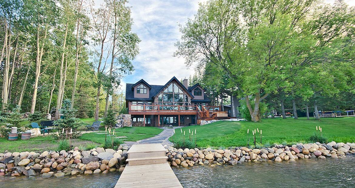 Custom Lakefront Home - JayWest Country Homes